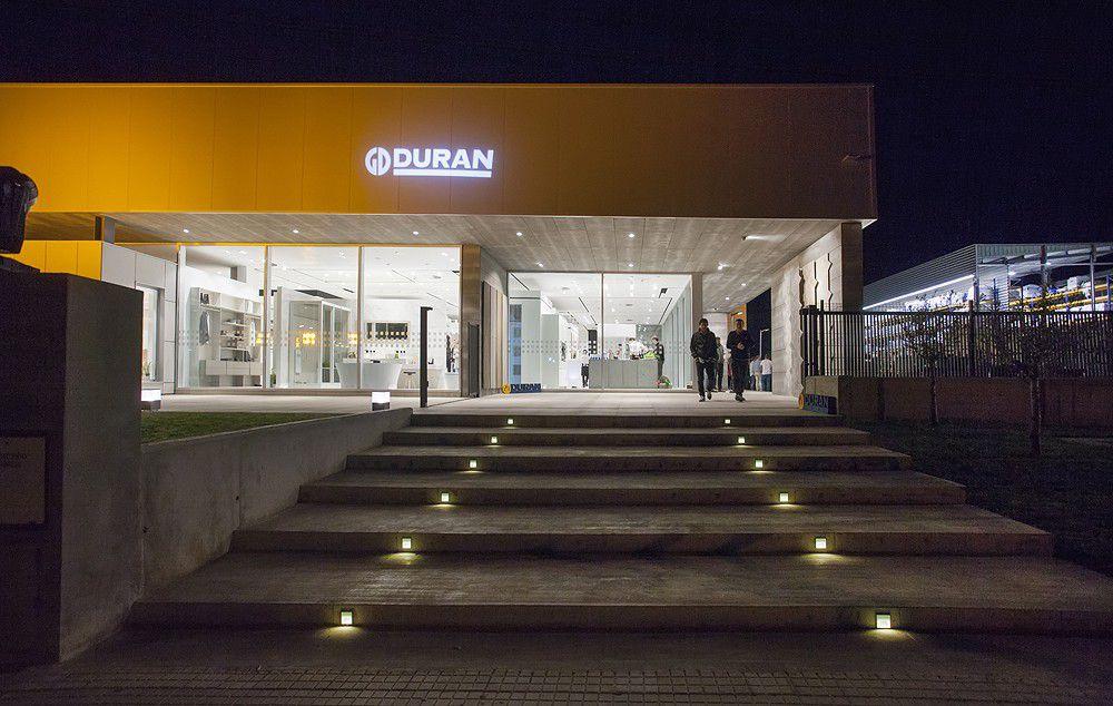 Inauguración nueva tienda de materiales de construcción en Alcudia. Cerámicas, baños y cocinas de diseño moderno en Duran, materiales de construcción en Alcudia