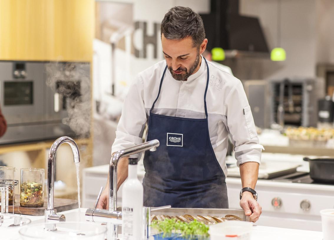 Duran, expertos en cocinas modernas en Mallorca, presenta marcas líder en diseño de cocinas modernas en un showcooking con el chef Santi Taura