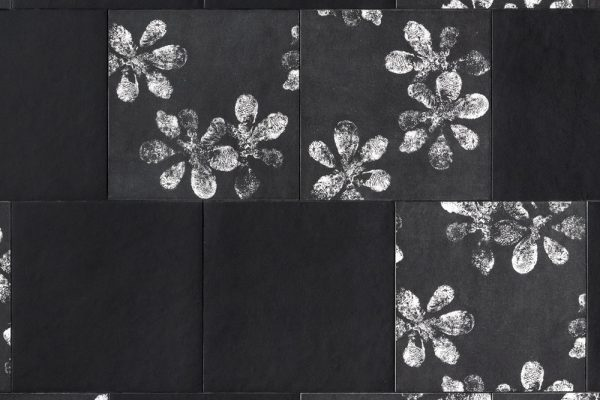 Chymia-Flat-Black,-Ophelia-